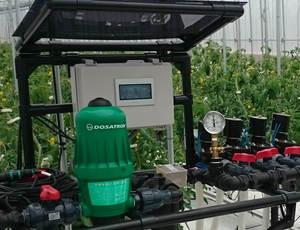 必要に応じて液肥混入器 ドサトロンで施肥が出来ます。